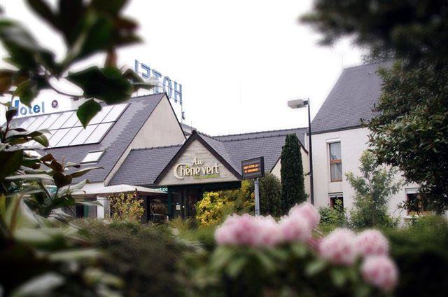 Hôtel Restaurant Au Chêne Vert ***